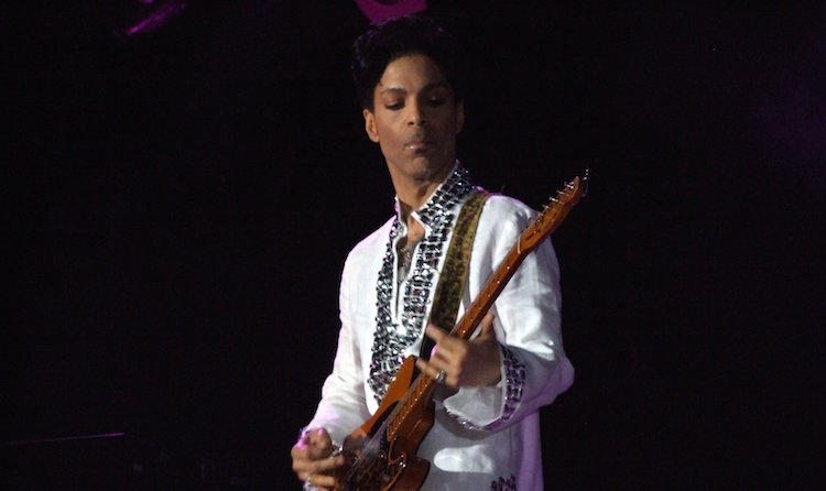 7 Lessons All Musicians Should Learn From Prince