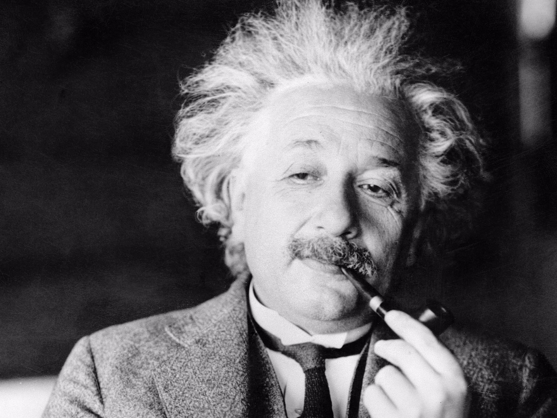Geniuses aren't born, they're made — and 3 of their daily habits can make you smarter