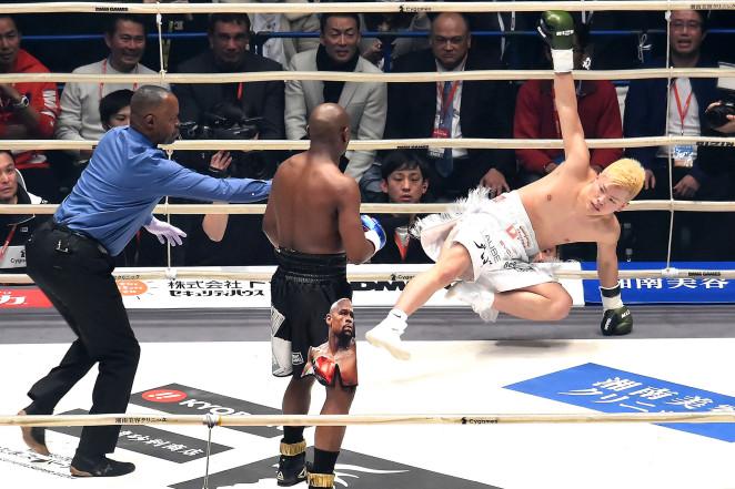 Floyd Mayweather leaves Japanese kickboxer in tears in fight farce